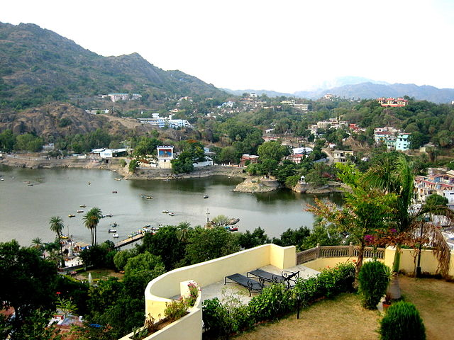 mount-abu-hill-station