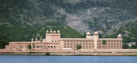 Top 10 Hotels in Jaipur