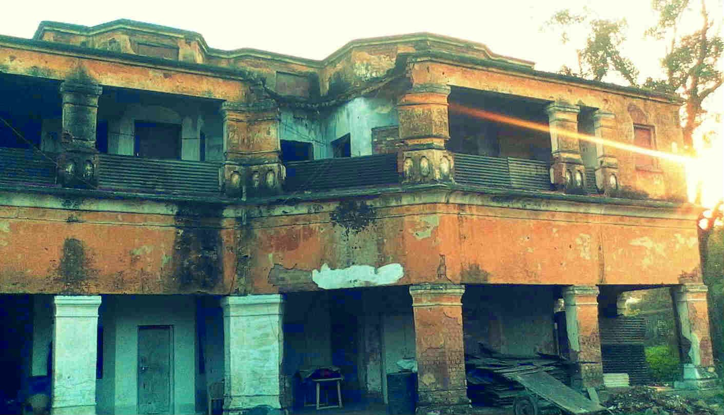 Top Most Haunted Places In India You Must Need To Avoid - 33 stunning haunting places world